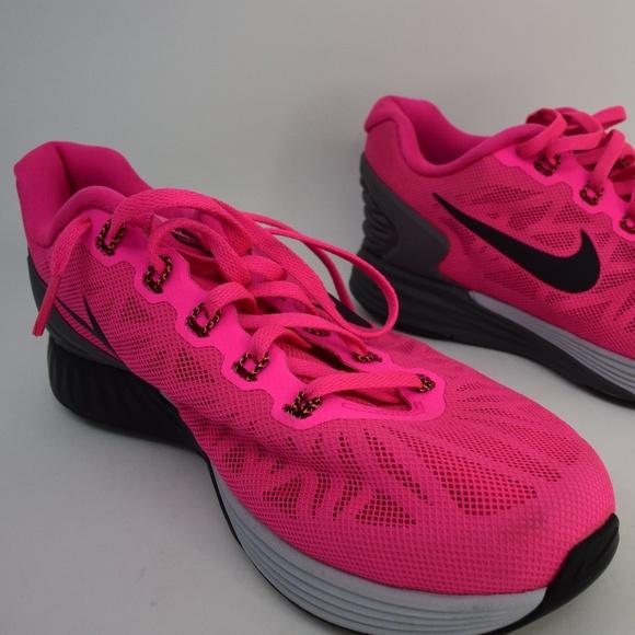 buy online 528fd 027b8 Nike Lunarglide 6 Women s Running 654434-600. M 5b7a42916a0bb7be1b851c40